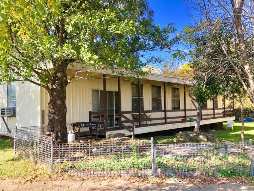 2 MITCHELL AVENUE, KHANCOBAN, NSW 2642