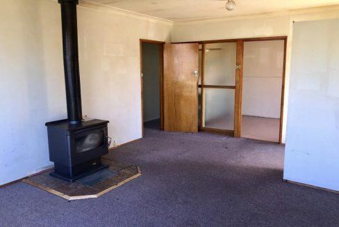 32 Hamilton Crescent Corryong, Vic 3707 - 13